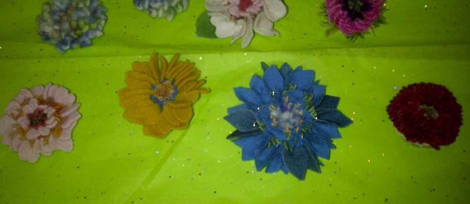 Fibre art flower pins and hair clips
